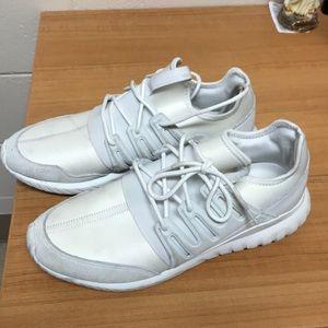 Adidas tubular size 12 white good condition